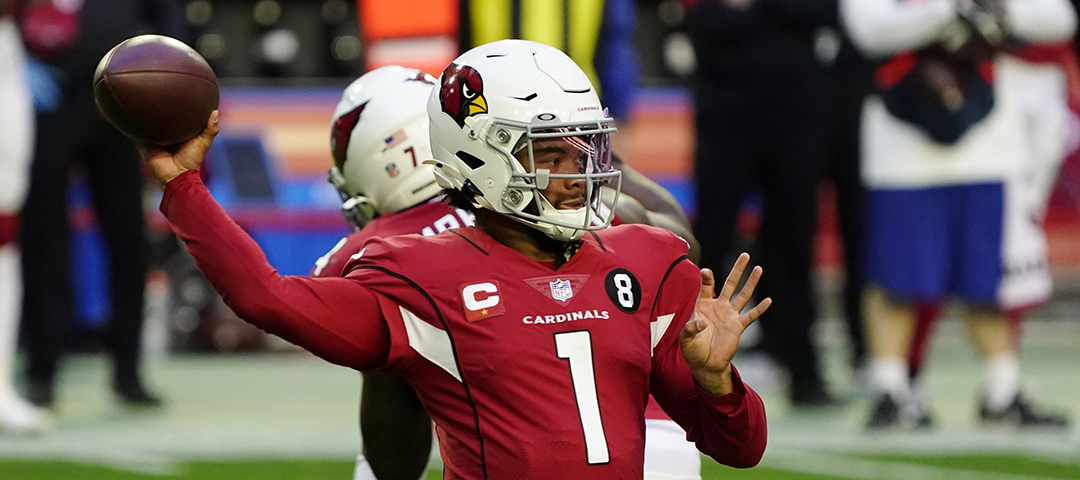 Arizona Cardinals quarterback Kyler Murray (1) throws against the San Francisco 49ers during the first half of an NFL football game
