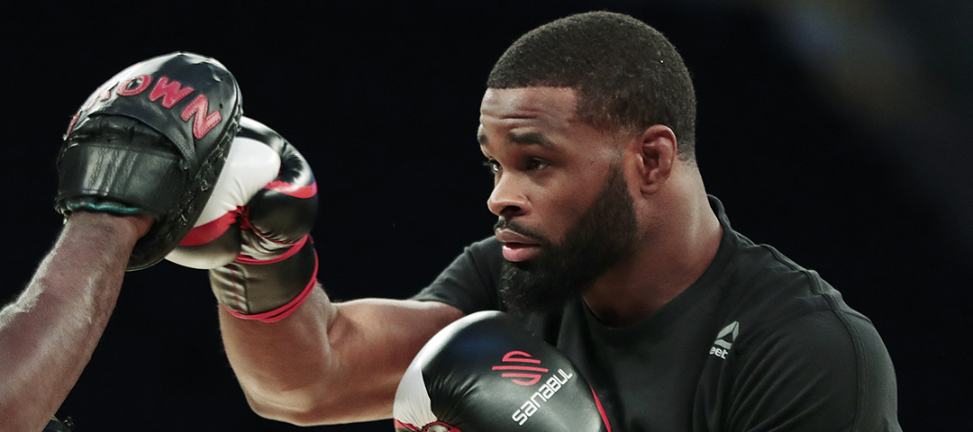 Tyron Woodley works out